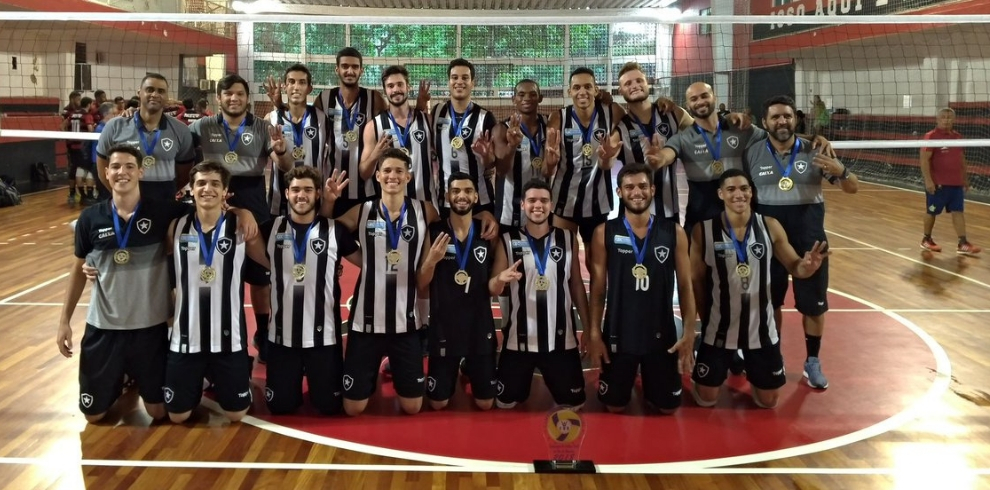 Tricampeão estadual. Botafogo ... cf0c367738fee